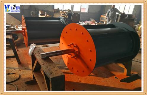 1.废钢磁选机-钢渣磁选机的概述    专门设计用于废钢、钢渣选铁、废旧金属选铁,直接还原铁厂选铁,铸造车间选铁等各种冶金渣选铁。    2.废钢磁选机-钢渣磁选机的技术特点    2.1.采用上吸式安装方式,吸起大块铁件